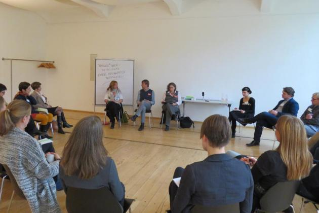 Stuhlkreis beim Demokratiedialog in Dresden